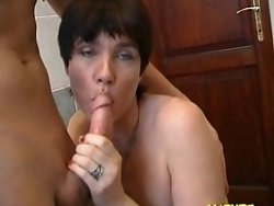 Kinky mature slut sucking and fucking