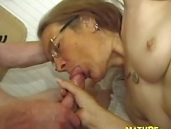 old hag getting fucked propperly