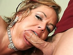 40 year old harlot riding her stepsons rigid pecker at home